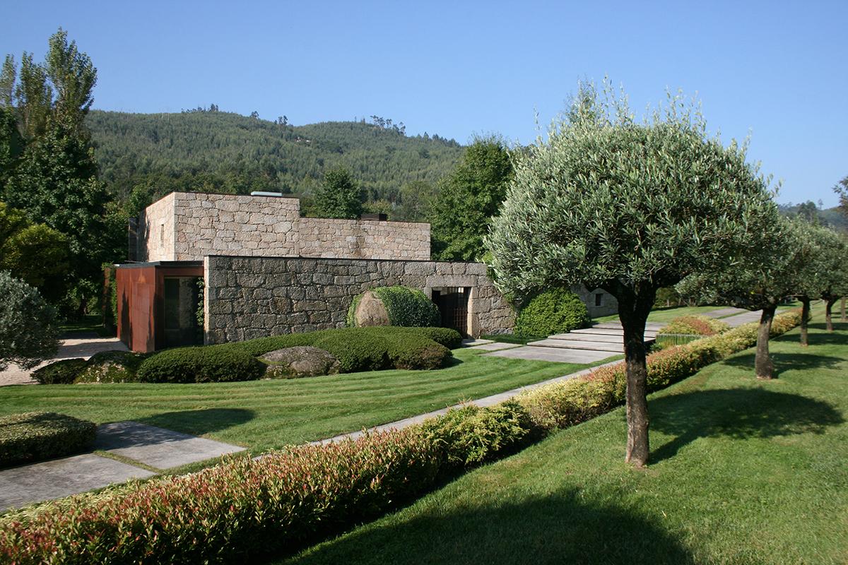 Casa em brito topos atelier de arquitectura - Atelier arquitectura ...