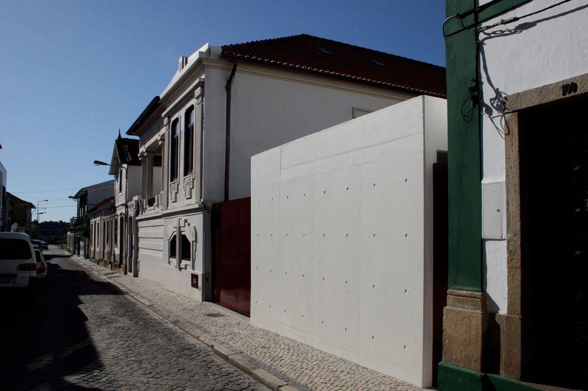 House in lhavo topos atelier de arquitectura - Atelier arquitectura ...
